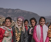 newsletter cover - alum Baumann on site with Nepalese women